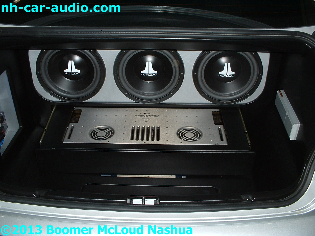 Bmw 3 Series Custom Motorized Amplifier Rack Boomer