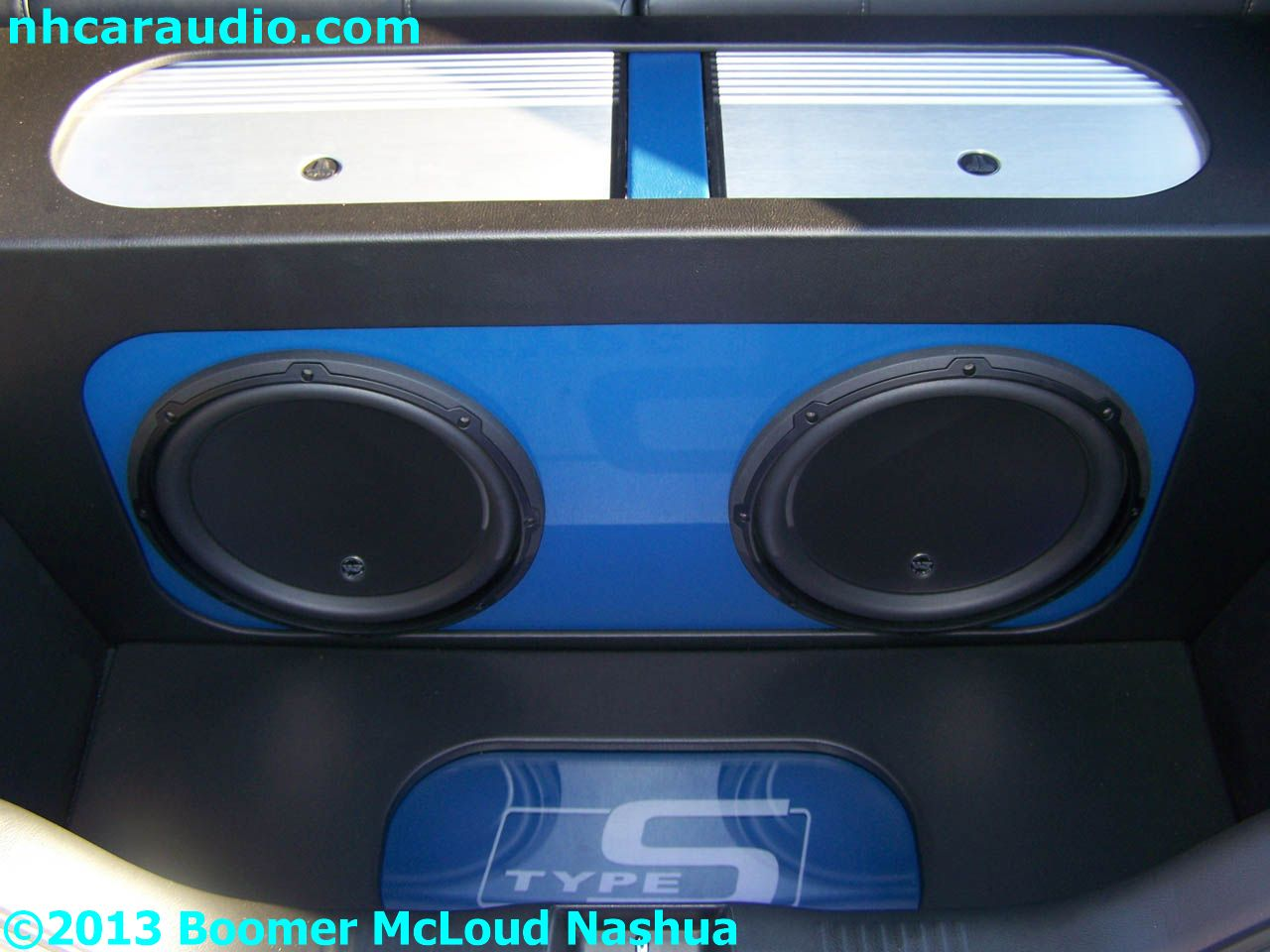 Acura-RSX-custom-subwoofer-enclosure-amplifier - Boomer Nashua Mobile Electronics