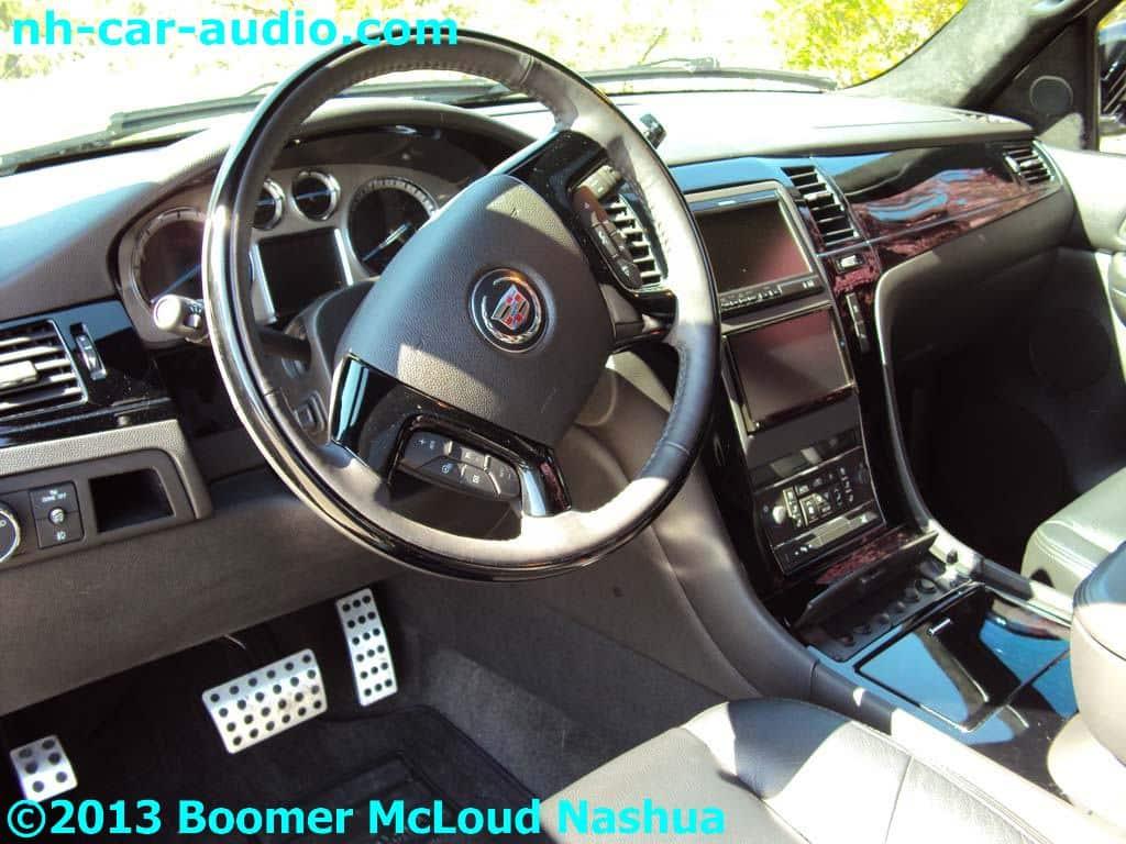 escalade interior custom dash multimedia lcd navigation boomer nashua mobile electronics. Black Bedroom Furniture Sets. Home Design Ideas