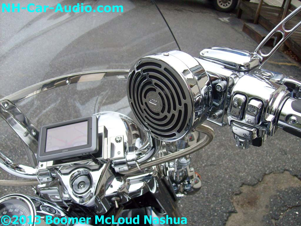 Harley-Davidson-navigation-amplifier-speaker-chrome