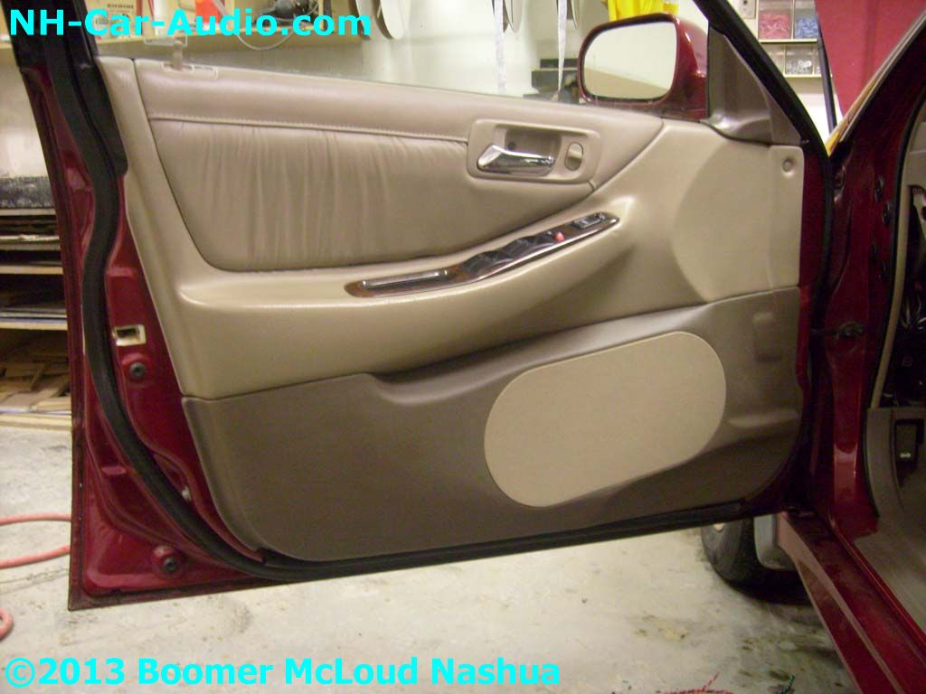 Honda-Accord-custom-speaker-door-panel