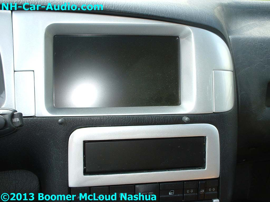 VW-Jetta-custom-screen-LCD
