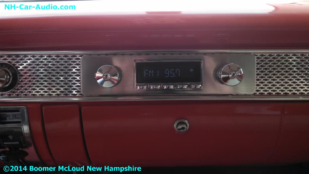 1955-Chevy-Nomad-Retro-radio-upgrade
