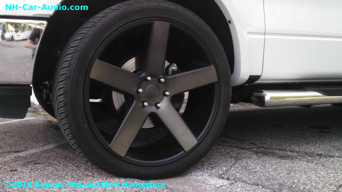 2014-Ford-F150-24-inch-wheels