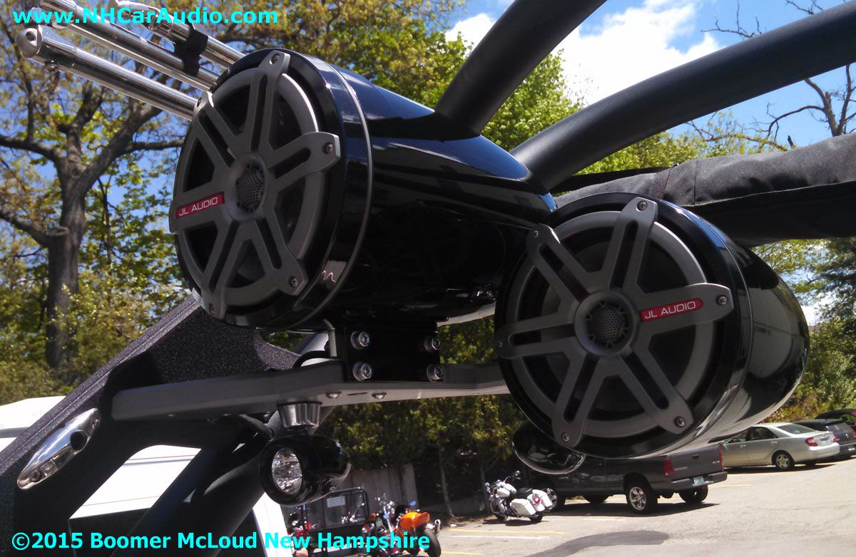 2015-Malibu-Response-Boat-Quad-8.8-inch-tower-speakers