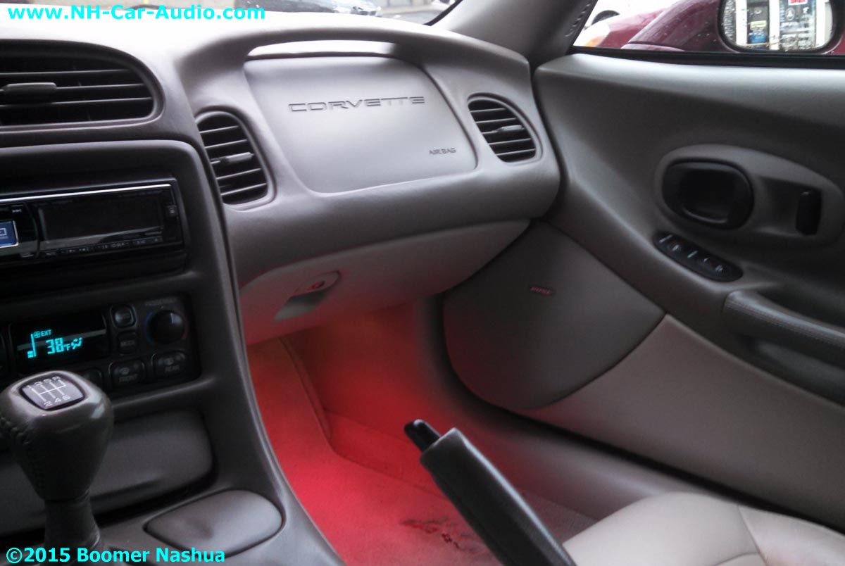 Corvette-red-interior-illumination