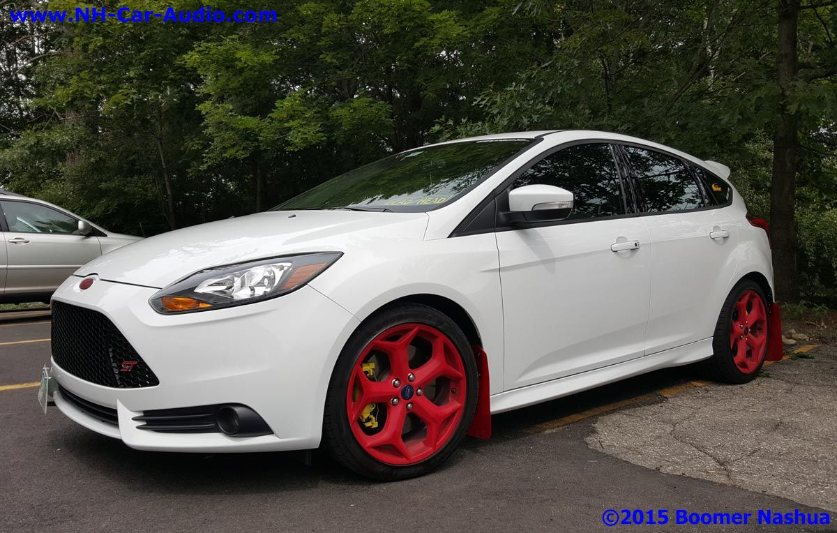 Ford-Focus-custom-stereo