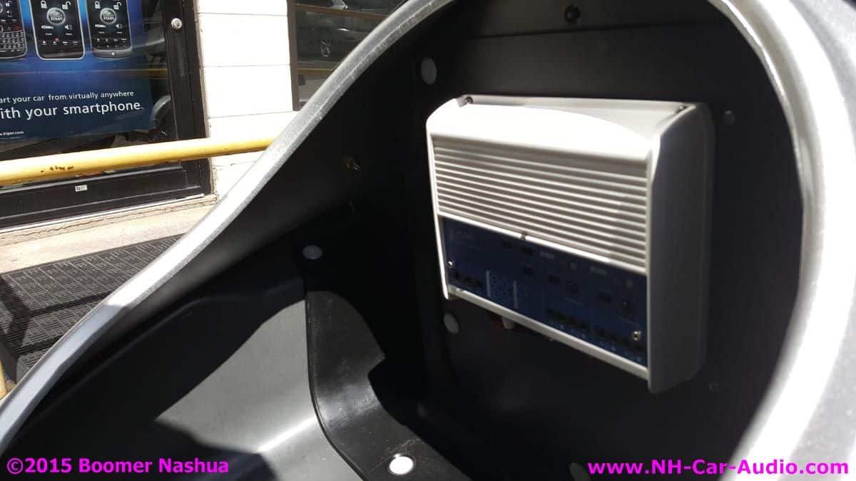 Yamaha-Jetski-JL-Audi-marine-400-watt-amplifier - Boomer Nashua Mobile Electronics