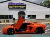 Lamborghini-Aventador-doors-up